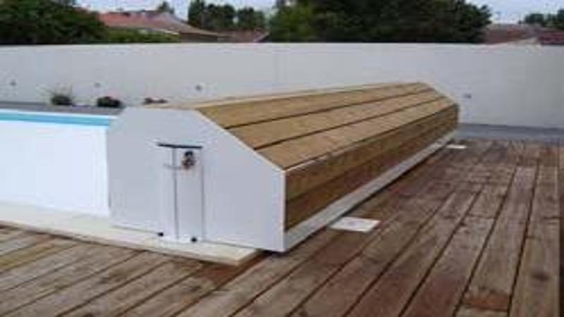 Coffre pour volet de piscine en bois exotique nao for Accessoire piscine bois